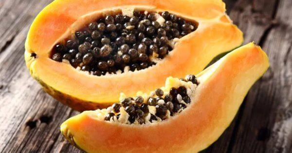Фото: фрукт Папайя в разрезе