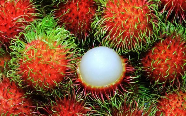 Фото: очищенный плод Рамбутана