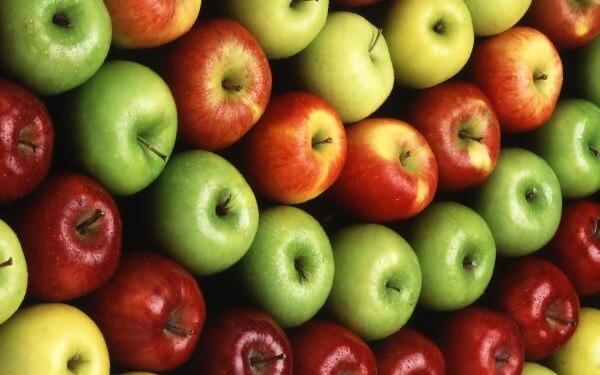 Фото: Яблоки разных сортов
